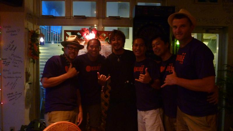 Okilele with the owner of Tony's Hawaiian Restaurant in Chatan